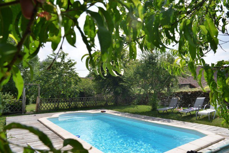 Garten, Pool und nähere Umgebung - La Roserie Chambres d\'hôtes